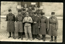 Carte Postale Photo CPA à IDENTIFIER   Groupe De Soldats - A Identifier