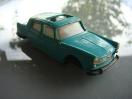 épave   Norev 404 Peugeot - Toy Memorabilia