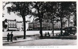 Cpa (17)--la Rochelle - La Place De Verdun. - La Rochelle