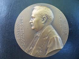 Ancienne Médaille Bronze  Signée G PRUDHOMME. Président De La République GASTON DOUMERGUE - France