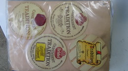 Grosse Collection De Couvercles Et étiquettes (77 Dans Ce Classeur) De Fromages Français.4/10 Voir Commentaires !!! - Cheese