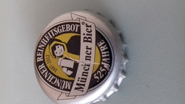 CAPSULE DE BIERE MÜNCHNER BIER - 525 ANS - Beer
