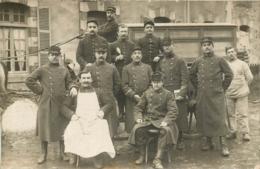 CARTE PHOTO  SOLDATS REGIMENT N°139 ET ATTELAGE - Regimientos