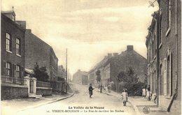 Carte Postale Ancienne De VIREUX  MOLHAIN - La Rue De Derrière Les Roches - France