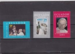 Ecuador Nº 1009 Y A727 Al A728 - Ecuador