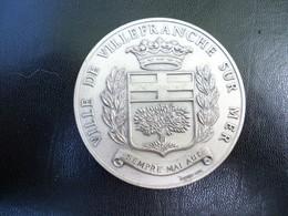 Ancienne Médaille En Métal Villefranche Sur Mer. - France
