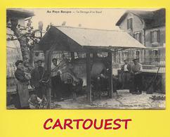 Au Pays Basque: BIARRITZ  64 ֎  Le Ferrage D'un Boeuf,animée   Carte REPRODUCTION - Biarritz