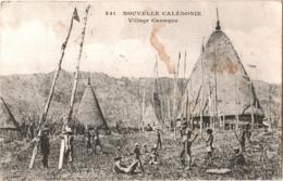 CPA 988 Nouvelle Calédonie - Messageries Maritimes - Village Canaque, Belle Animation - 2 Scans - Nouvelle Calédonie