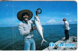 MALAYSIA(chip) - Fishing, Sea Of Goodness, Telecom Malaysia Telecard RM10, Chip ODS, Used - Malaysia