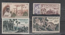 LOT 3 MADAGASCAR PA N°73-74-75-77 ** - Madagascar (1960-...)