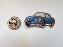 Beau Pin's , Auto Renault Alpine - Renault
