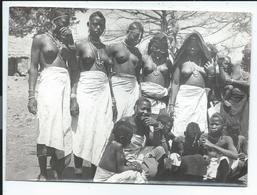 Afrique Groupe De Jeunes Filles Seins Nus ,photo 13x18 Cm - Africa