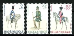 YT  2030 / 2032 - Uniformes Anciens - Complet 3 Valeurs - Neufs N** - Très Beaux - Belgium