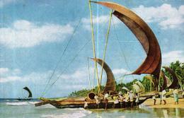 CEYLON - SRI LANKA - FISHING CATAMARAN BOATS - Sri Lanka (Ceylon)