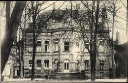 Cp Roanne Loire, Hôtel Déchelette, Rue De La Sous Préfecture - France