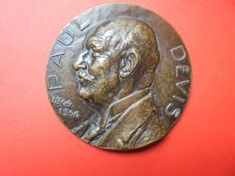 PAUL DEVIS(1864-1946) Par COURTEM- 126 Grammes-65 Mm - Professionnels / De Société
