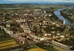 THIONVILLE  Vue Générale Aérienne De La Ville, Côté Sud-ouest. Au Premier Plan, Beauregard Et La Cité Médoc. - Thionville