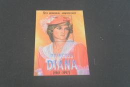 K22028 - Bloc MNH  Bhutan   - 2010 - Diana Princess Of Wales - Memorial Anniversary - Royalties, Royals
