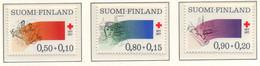 PIA - FINLANDIA  - 1977 : Centenario Della  Croce Rossa Finlandese - (Yv 763-65) - Primo Soccorso