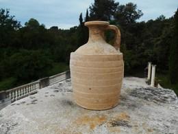 Cruche Romaine Du 2em Siècle (modèle Peu Courant) - Archéologie