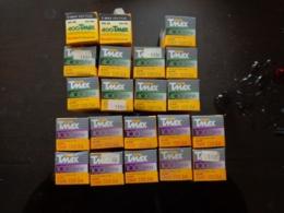Lot De 21 Rouleaux De Pellicules Périmées - Bobines De Films: 35mm - 16mm - 9,5+8+S8mm