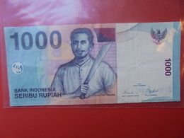 INDONESIE 1000 RUPIAH 2000 CIRCULER - Indonesia