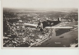 C P A - PHOTO - KAUNAS - 148 - AVION AU DESSUS DE LA VILLE - Lituania