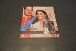 K22034 - Set MNh Unioin Island  2011 - Wedding Prince Williamand Kate Middleton - Royalties, Royals