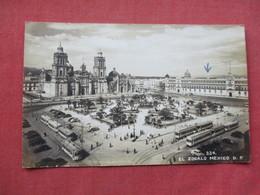 El Zocalo   Mexico    Ref 3382 - Mexico