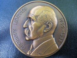 Ancienne Médaille Bronze Croiseur Georges Leygues. Signée Georges Guiraud. - Andere