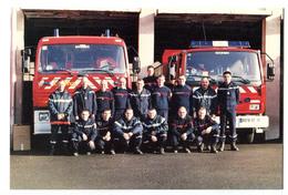 CPM 18 BOURGES Pompiers De Seraucourt  Devant L' Ancienne Caserne - Bourges