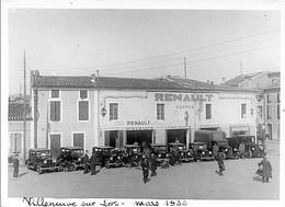 """PHOTOGRAPHIE - VILLENEUVE SUR LOT, Mars 1933 - RALLYE AUTOMOBILE """" RENAULT"""" ANCIENNES -  AUTOS Devant Garage RENAULT - Automobile"""