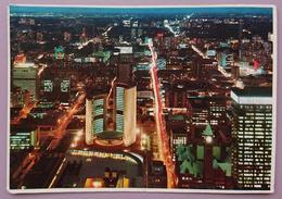 TORONTO - CANADA - City Hall And Nathan Phillips Square -  Vg - Toronto