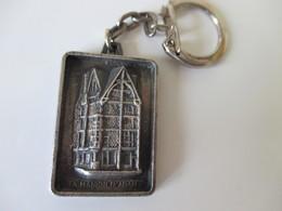 Porte Clé Ancien Maison D'Adam Angers  Cartes à Jouer Grimaud - Key-rings