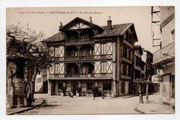- CPA SAINT-JEAN-DE-LUZ (64) - La Maison Basque (CRÉDIT BASQUE) - Photo Gautreau 3158 - - Saint Jean De Luz