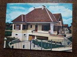 L21/282  COMBS LA VILLE Lotissement Beau Soleil Maison Famille Coudert Gagnante Des Maisons 1960 - Combs La Ville