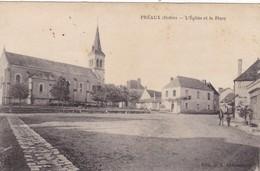 36. PREAUX. CPA. RARETÉ. L'EGLISE ET LA PLACE. + TEXTE DU 16/09/1918 - France