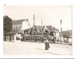 Annecy - La Rue Sommellier - L'hotel De La Gare - Vers 1900 - Places