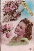 59. BOULOGNE SUR HELPE.( A DESTINATION DE). CARTE FANTAISIE. JEUNE FEMME ET ROSES POUR LA  SAINTE CATHERINE. ANNEE 1952 - Femmes