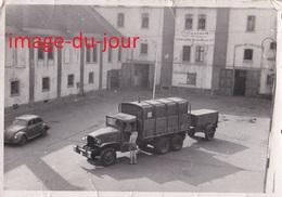 Photo Ancienne  SPIRE SPEYER  CAMION MILITAIRE 399 DE TRANSMISSION AVEC SON GROUPE ÉLECTROGÈNE T.S.F RADIO 1950 1951 - Guerre, Militaire