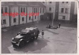 Photo Ancienne  SPIRE SPEYER  CAMION MILITAIRE DE TRANSMISSION  HALF TRACK RADIO ( Marquage Insigne )  T.S.F 1950 1951 - Guerre, Militaire