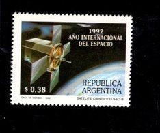 774962663 1992 SCOTT 1788 POSTFRIS  MINT NEVER HINGED EINWANDFREI  (XX) - INTL SPACE YEAR - Ongebruikt
