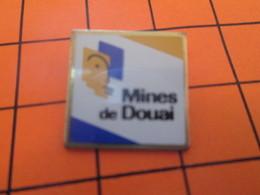 411i Pins Pin's / Rare & Belle Qualité  THEME VILLES / LES MINES DE DOUAI Les Sous-Douai à La Mine ? - Städte
