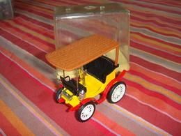 Automobile  Toit Bois Peugeot 1892 - Toy Memorabilia