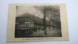 Carte Postale ( S9 ) Ancienne De Nevers , Hall De L Agriculture , Champ De Foire - Nevers