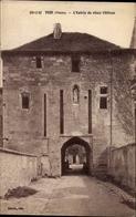 Cp Void Lothringen Meuse, L'Entrée Du Vieux Chateau, Eingang Zum Schloss - Frankrijk