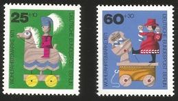 V) 1971 GERMANY, WOODEN TOYS, DEUTSCHE BUNDESPOST BERLIN, MNH - Germany