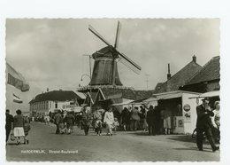 D060 - Harderwijk - Strand Boulevard Met Molen - Molen - Moulin - Mill - Mühle - Harderwijk