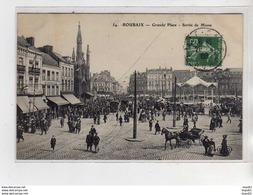ROUBAIX - Grande Place - Sortie De Messe - Très Bon état - Roubaix