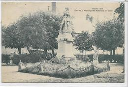 60 BARON . Place De La République Et Monument Aux Morts Animé , édit : Dion Van Weldeu , écrite En 1929 , état Extra - France